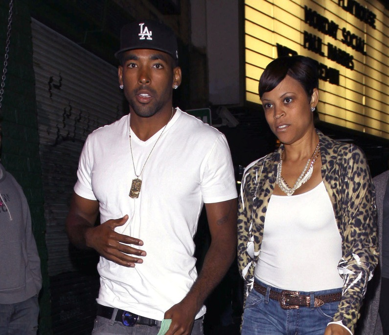 """**EXCLUSIVE** Shaunie O'Neal, """"Basketball Wives"""" star and producer, enjoys a night out with her 23 year old boyfriend Marlon Yates at The Playhouse in Hollywood"""