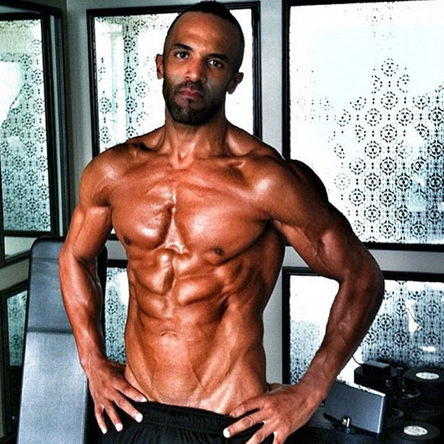 8dd396e7-bca4-4102-9f68-ed2a915bdc7a_craig-david-unrecognisable-six-pack-work-out-fitness