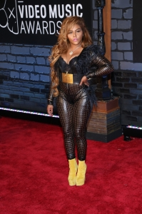 Lil' Kim attends the 2013 MTV Video Music Awards at the Barclays Center in the Brooklyn borough of New York City