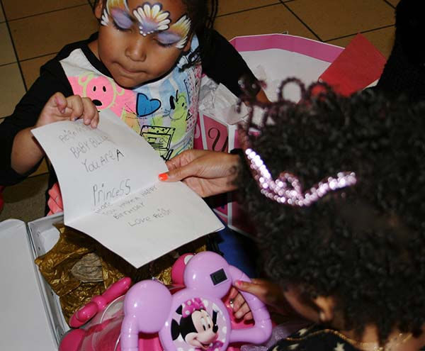 take a look at pics from blue ivys birthday bash