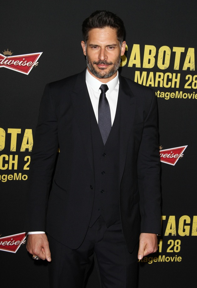 Joe Manganiello attends the premiere of 'Sabotage' in LA