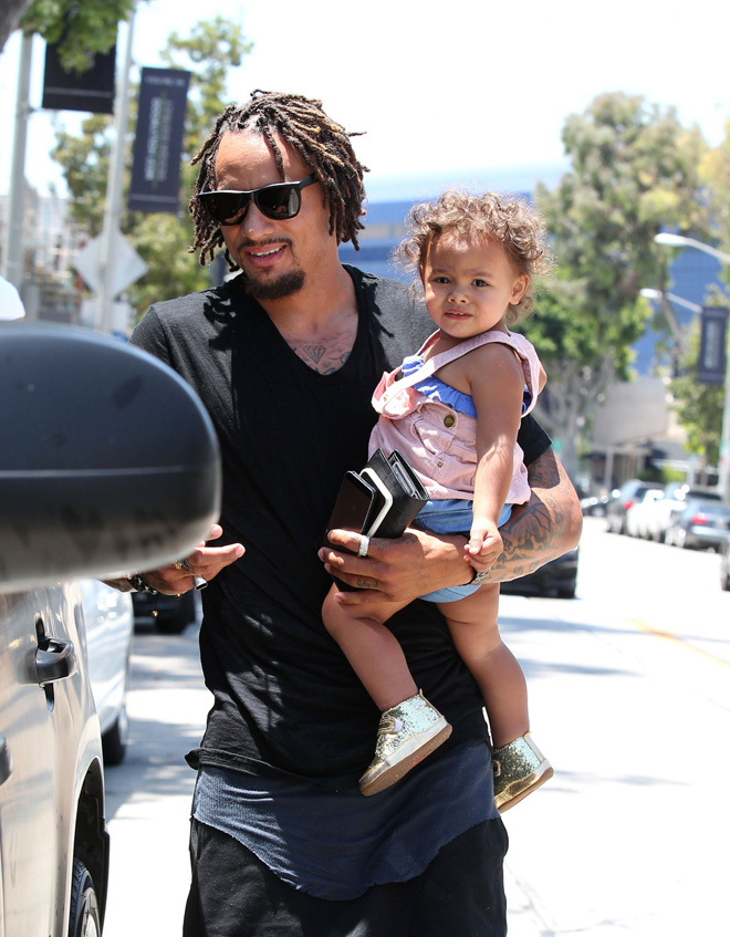 Jermaine Jones seen out wife Sarah Gerth and children at Urth Caffe in West Hollywood