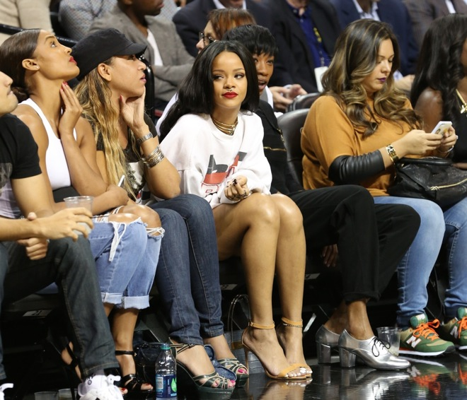 Rihanna attends the 2014 Summer Classic Charity Basketball Game at Barclays Center New York Cit