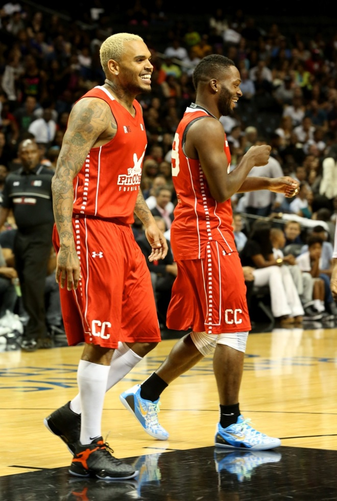 Chris Brown attends the 2014 Summer Classic Charity Basketball Game at Barclays Center New York Cit