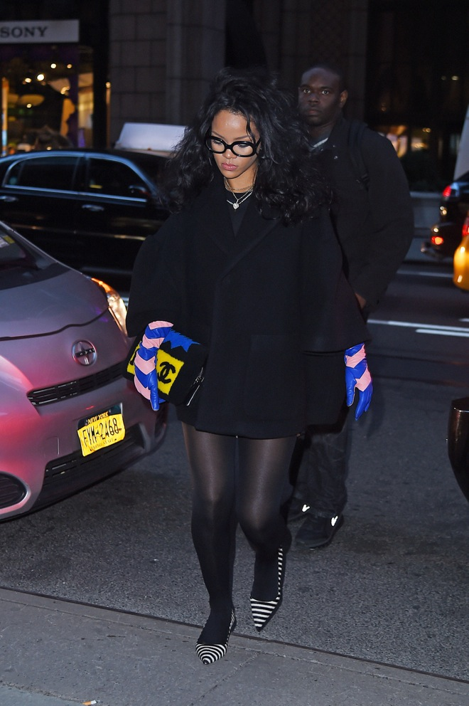 Rihanna dresses all black as she goes for dinner to Da Silvano Restaurant with friends in New York City
