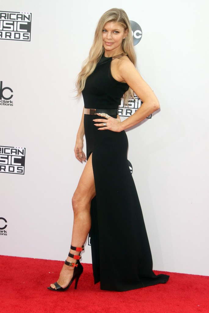 Fergi Ferg made sure her leg was the center of attention on the carpet.