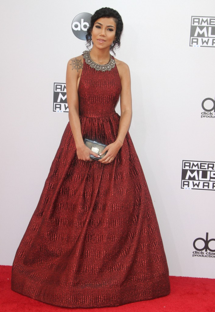 So formal! Jhene Aiko did something a little different, opting for a full ball gown for the red carpet.
