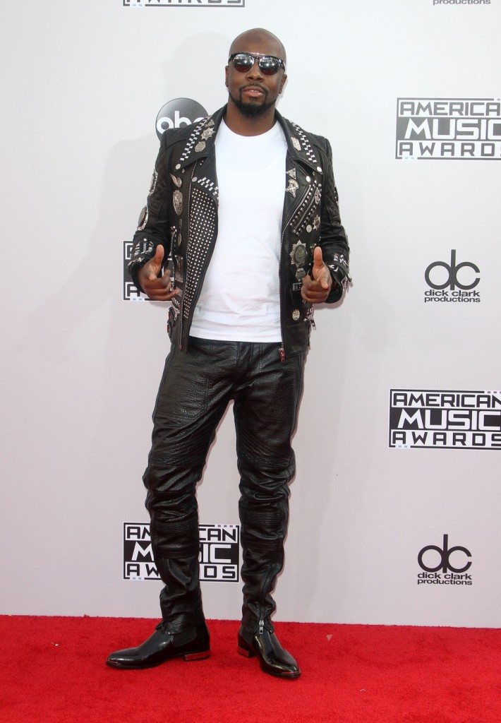 Wyclef Jean jumped on the leather bandwagon for his AMA look.