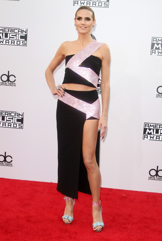 Heidi Klum's killer legs were on display with this two piece outfit.