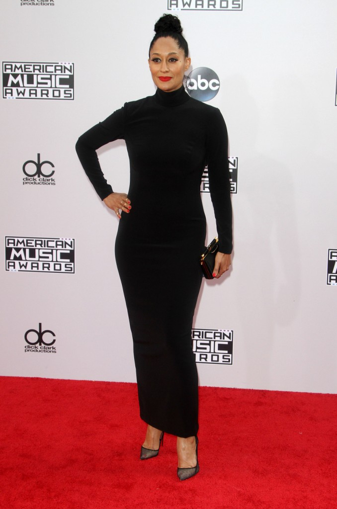 Tracee Ellis Ross went all black errrthang!