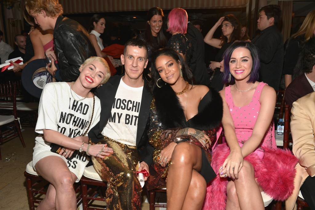 "WEST HOLLYWOOD, CA - JANUARY 22:  (L-R) Recording artists Miley Cyrus, honoree Jeremy Scott, recording artists Rihanna and Katy Perry attend The DAILY FRONT ROW ""Fashion Los Angeles Awards"" Show at Sunset Tower on January 22, 2015 in West Hollywood, California.  (Photo by Charley Gallay/Getty Images for the DAILY FRONT ROW)"