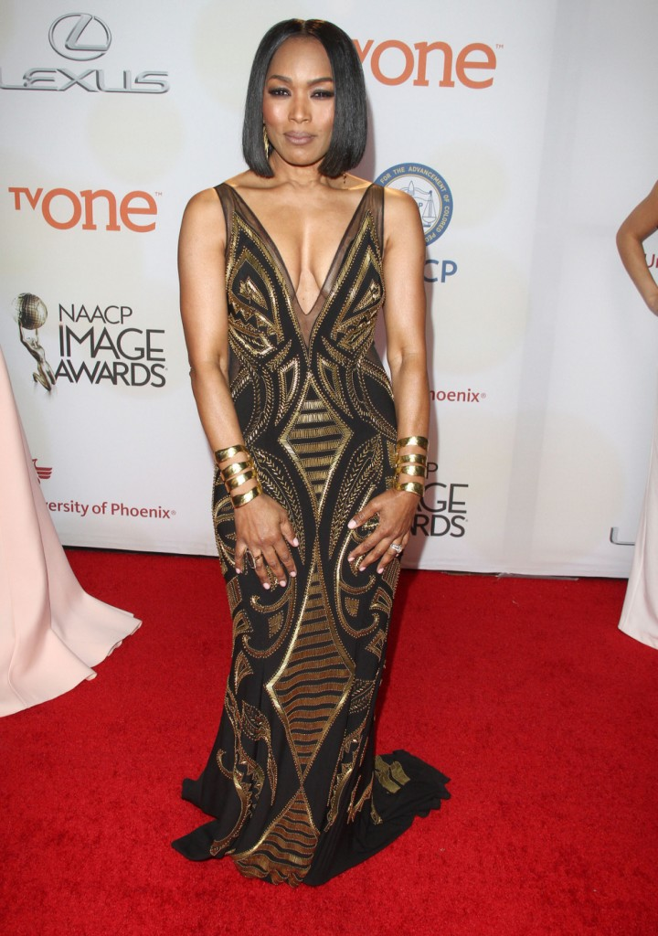 Angela Bassett attends The 46th Annual NAACP Image Awards-Arrivals in LA