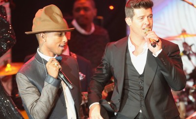 Pharrell-Williams-Robin-Thicke-rocked-stage-together