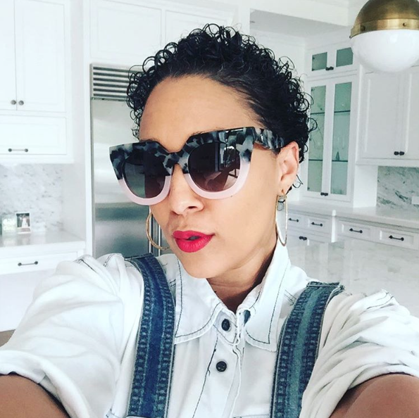 The Polls Are In Are Fans Loving Or Hating Tia Mowry S New Hair Cut Hiphollywood