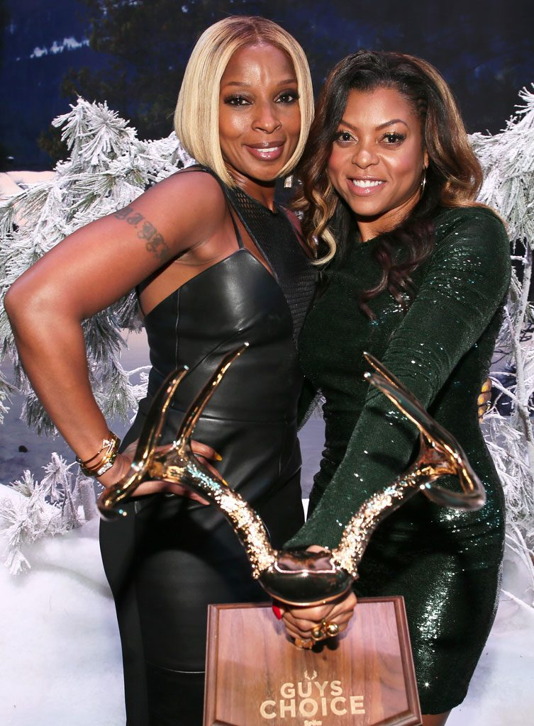 CULVER CITY, CA - JUNE 06: Singer Mary J. Blige (L) and host Taraji P. Henson attend Spike TV's Guys Choice 2015 at Sony Pictures Studios on June 6, 2015 in Culver City, California. (Photo by Christopher Polk/Getty Images for Spike TV)