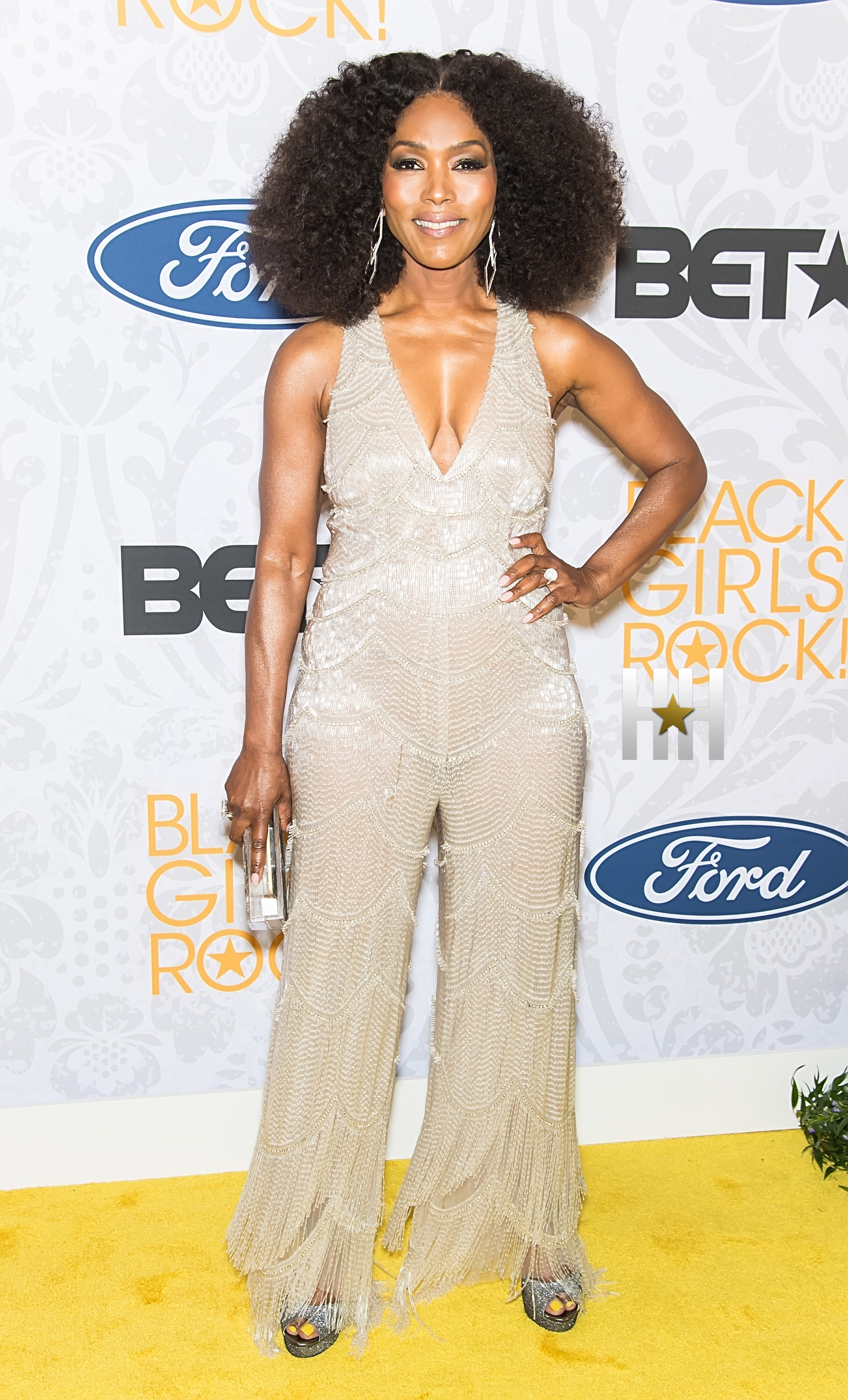 NEWARK, NJ – AUGUST 25:  Actress and Icon Award recipient Angela Bassett attends 2019 Black Girls Rock! at NJ Performing Arts Center on August 25, 2019 in Newark, New Jersey.  (Photo by Gilbert Carrasquillo/Getty Images)
