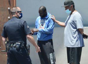 Denzel Washington Helps Homeless Man In Distress