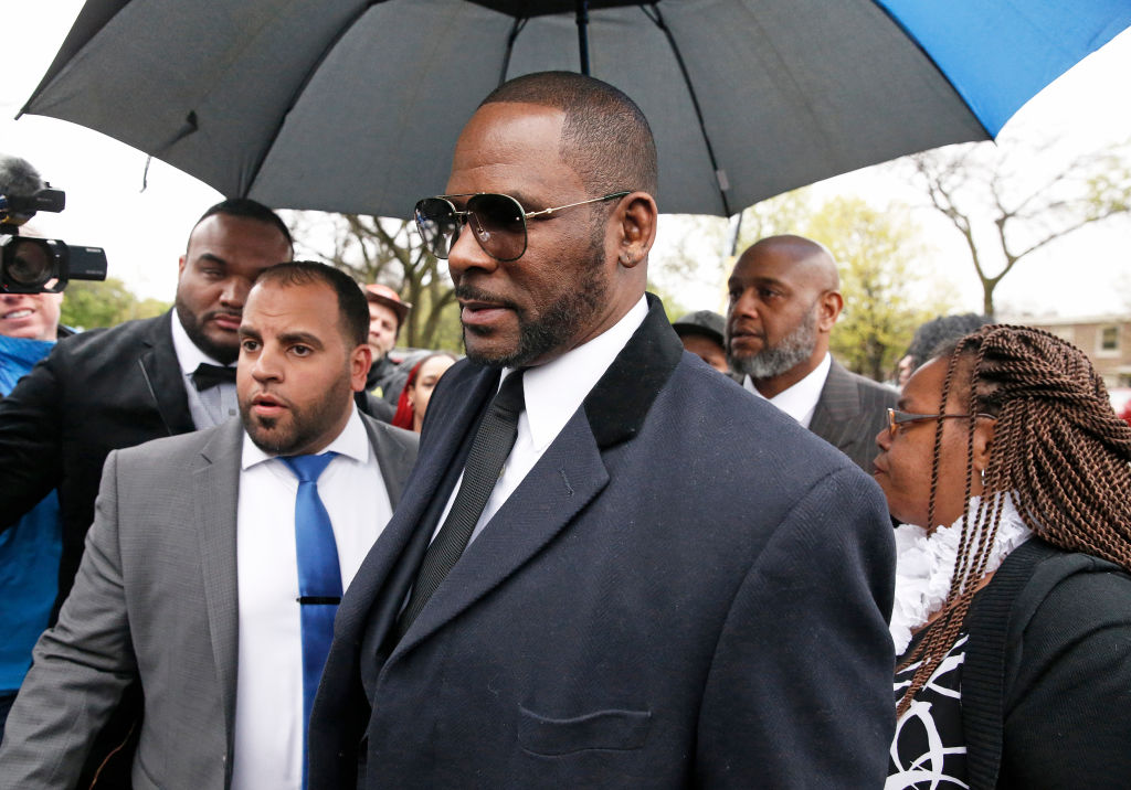 Source Says R. Kelly Could Beat Charges In Upcoming Trial