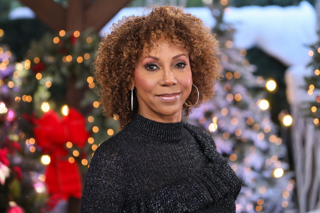 """Holly Robinson-Peete Claps Back At Sharon Osbourne Over """"Disgruntled Ladies"""" Comment"""